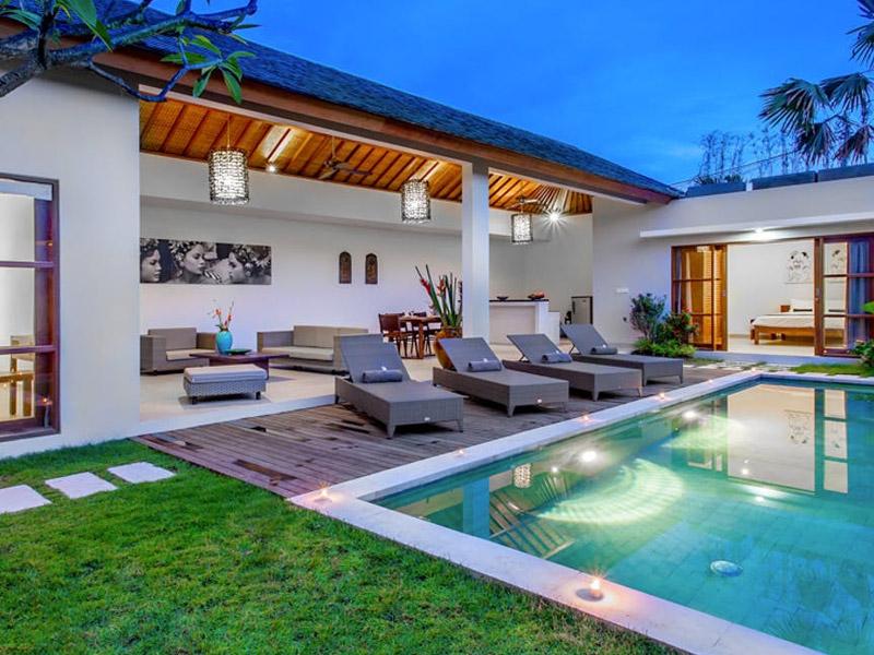 Echo Beach Top 10 Honeymoon Beaches in Bali