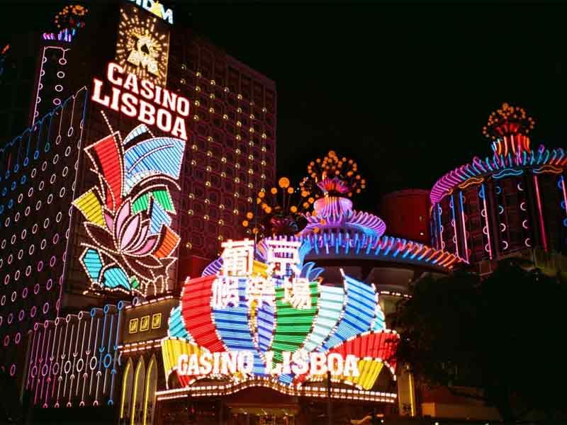 head to the casinos in macau top 10 things to do in hong kong macau at night