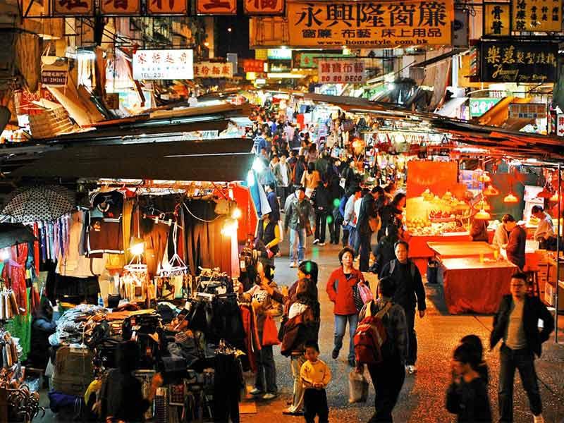 temple street night market top 10 things to do in hong kong macau at night