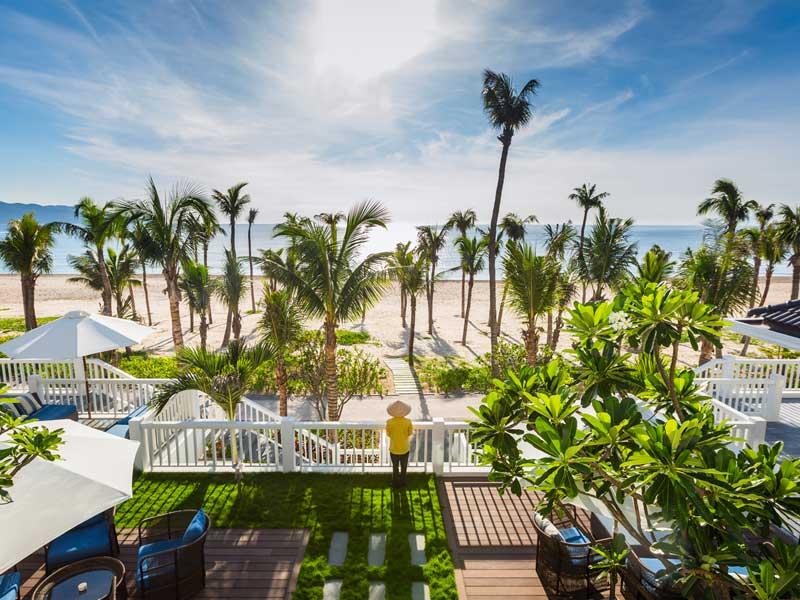 Hyatt regency danang resort vietnam Top Luxury Beach Resorts in Vietnam for Honeymoon Couple