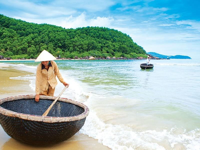 Non Nuoc Beach top 10 best beaches in Vietnam for Honeymoon