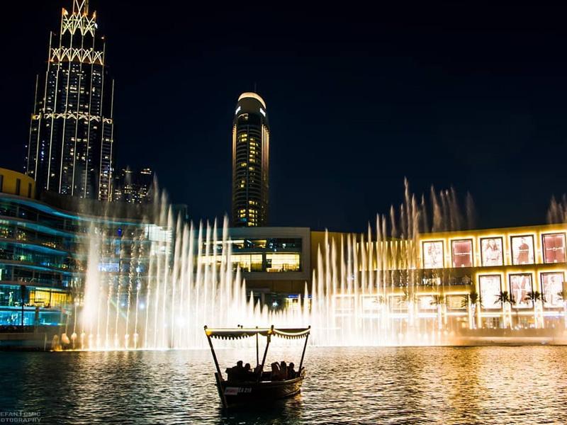 fountain show at Dubai Mall Top 15 things to do dubai at night