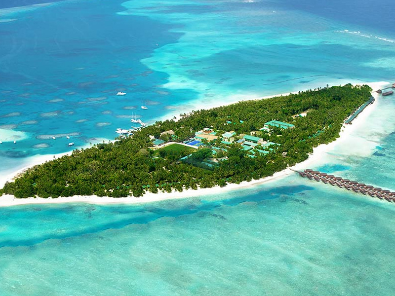 Dhigu Island Top 20 honeymoon beaches in Maldives