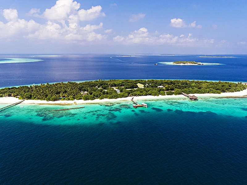 Reethi Beach Top 20 honeymoon beaches in Maldives