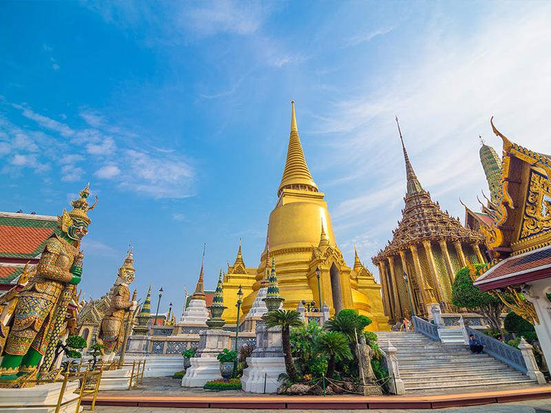 Visit Wat Arun Top 14 Honeymoon Places in Bangkok Pattaya