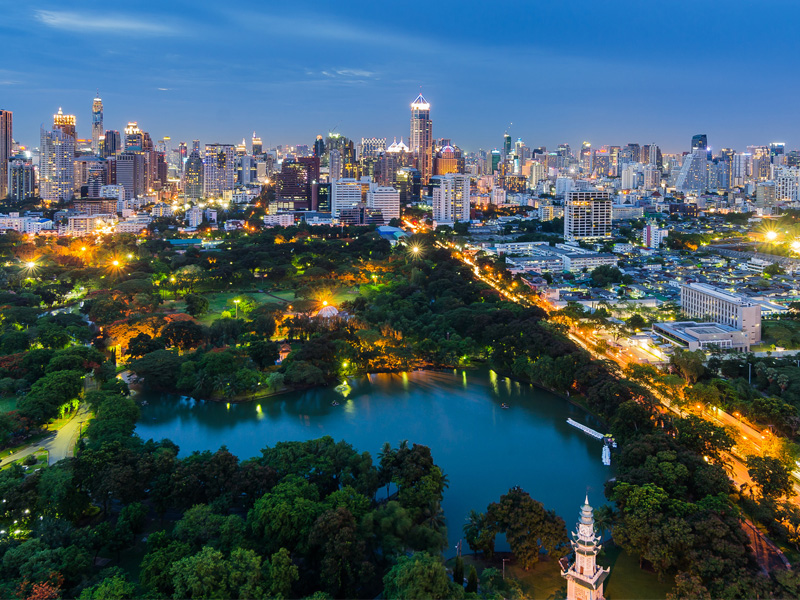 lumpini park Top 14 Honeymoon Places in Bangkok Pattaya