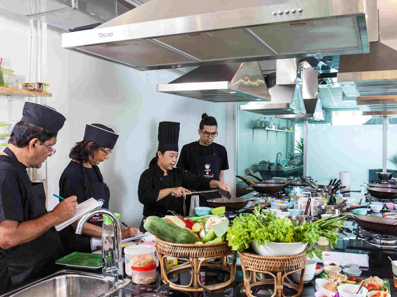 Attend Cooking Classes Top 12 things to do in khao lak thailand