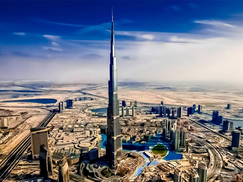 Burj Khalifa top 14 honeymoon destination in dubai