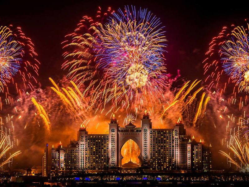 Fireworks best ways to celebrate new year in dubai