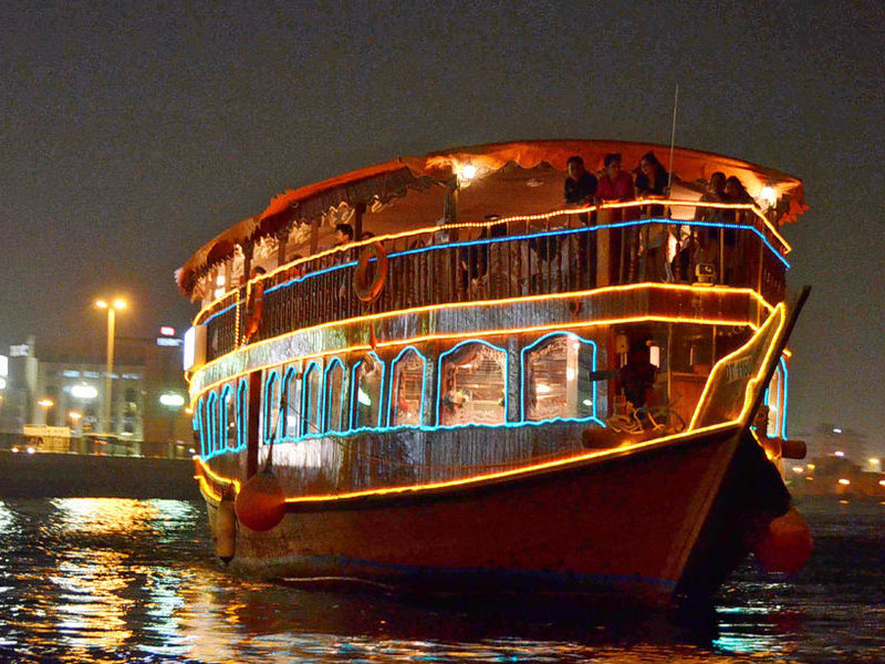 dhow dinner cruise best ways to celebrate new year in dubai